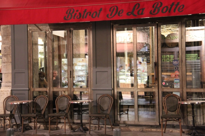bar vin le bistrot de la botte vieux lyon sharing cuisine. Black Bedroom Furniture Sets. Home Design Ideas