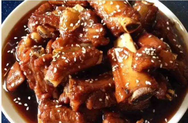 lundi les recettes des amis 15 bis porc sauce aigre douce nouvel an chinois sharing cuisine. Black Bedroom Furniture Sets. Home Design Ideas