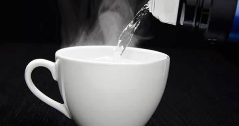 eau chaude détox ou intox