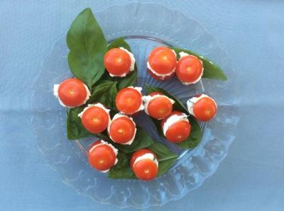 tomates cerises ricotta basilic