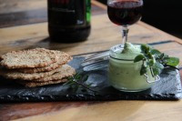 chantilly-mascaropne-petits-pois-tuiles-salees-au-sesame-apero-aperitif-sharing-cuisine-blog-cuisine-lyon-regalades-en-cascade-monsieur-woody