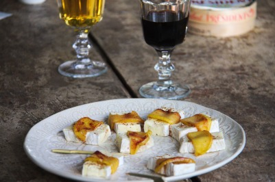 fagot de camembert aux pommes, tapas, recette express, apéro dinatoire, végétarien, sharing cuisine, blog cuisine lyon, blog culinaire lyonnais